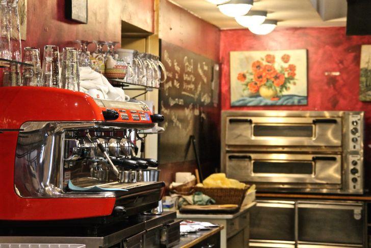 Osteria Allora Kaffeemaschine (c) STADTBEKANNT