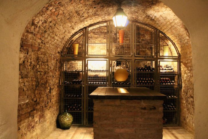 Villon Weinlagerung (c) STADTBEKANNT