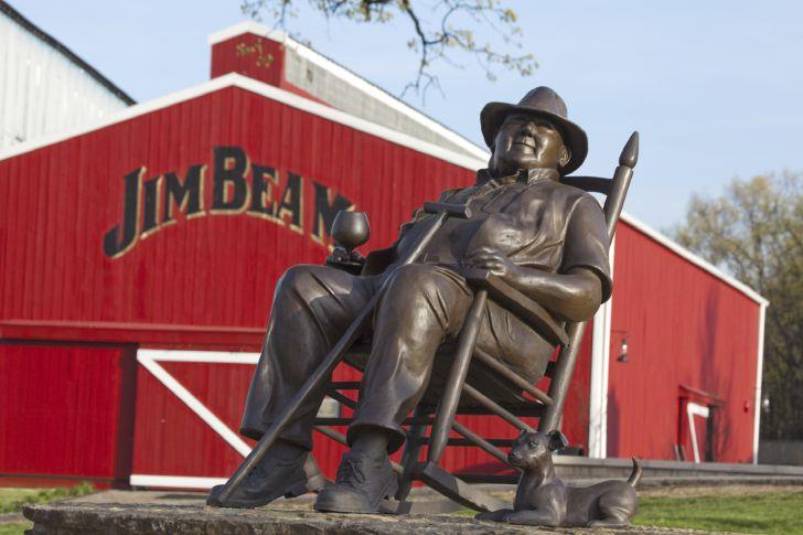 Statue von Booker Noe, Master Distiller 6. Generation (c) Beam Suntory
