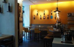 Weinbar9 Lokal (c) STADTBEKANNT Pitzer