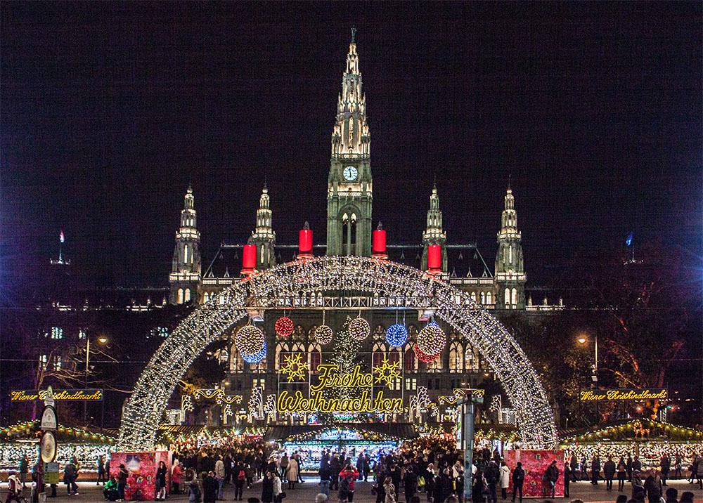 Wiener Christkindlmarkt Rathausplatz (c) STADTBEKANNT