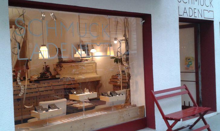 Schmuckladen Schaufenster (c) Ilga Zemann