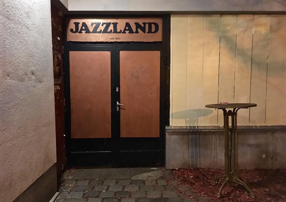 Jazzland Eingang (c) STADTBEKANNT