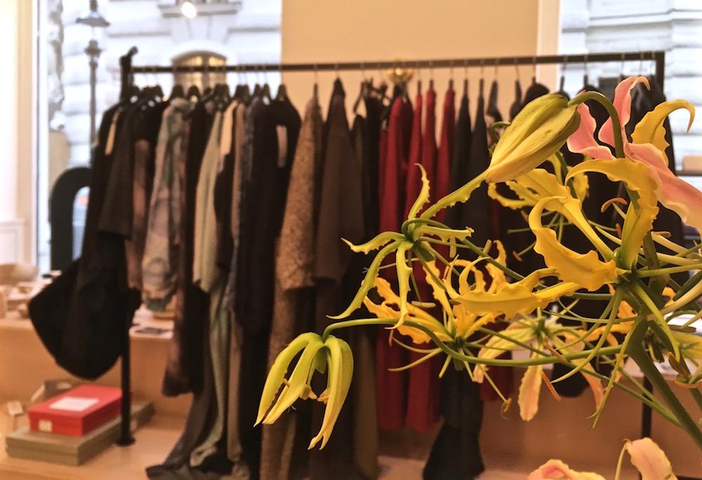 rienna designshop Blume Kleidung (c) STADTBEKANNT