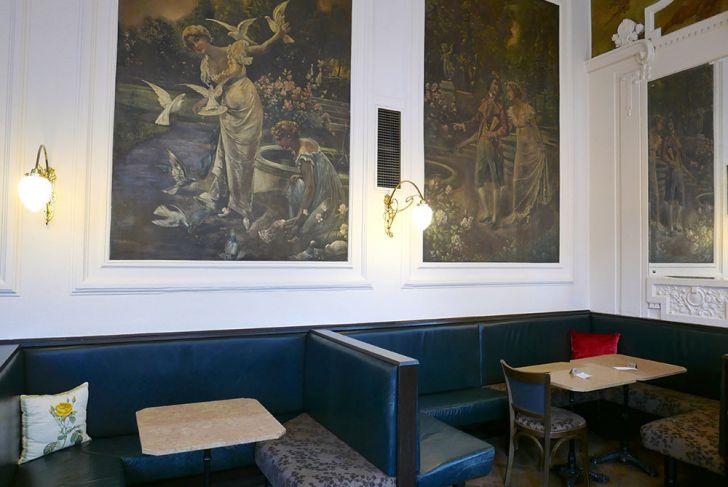 Café Ritter Ottakring Wandbilder (c) STADTBEKANNT Wetter-Nohl