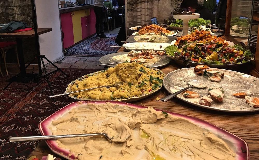Habibi & Hawara Mittagsbuffet (c) STADTBEKANNT