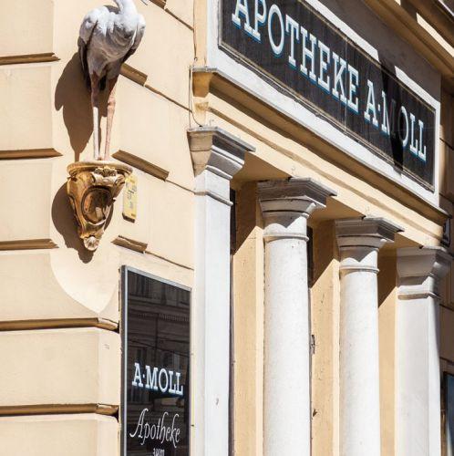 Apotheke – Zum weißen Storch (c) STADTBEKANNT