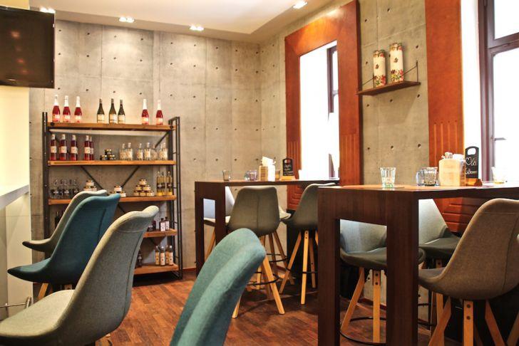 M Lounge Bar Theke (c) STADTBEKANNT
