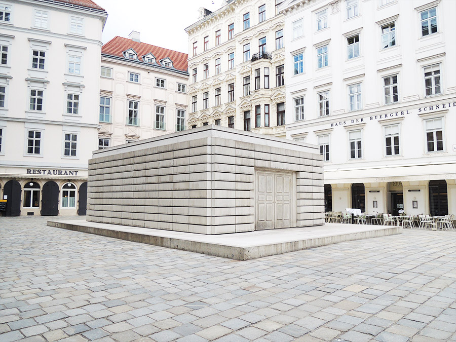 Mahmal am Judenplatz (c) STADTBEKANNT Mallmann