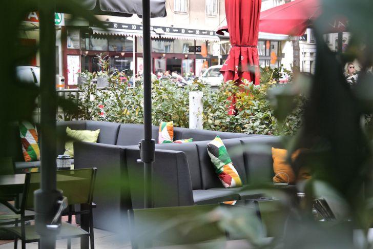 Family & Friends Schanigarten Lounge (c) STADTBEKANNT