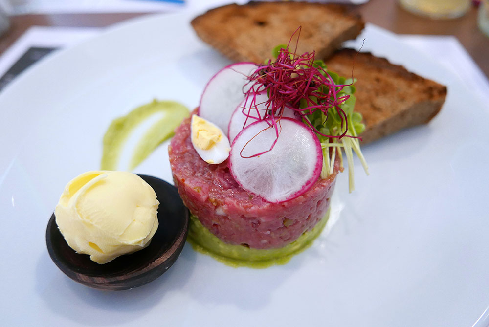 Hollerkoch Beef Tartare (c) STADTBEKANNT Wetter-Nohl