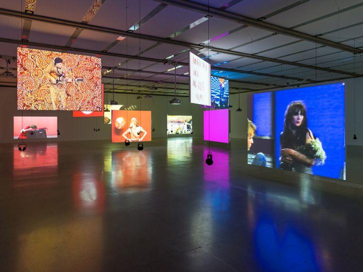 Doppelleben Ausstellungsansicht (c) Klaus Pichler mumok