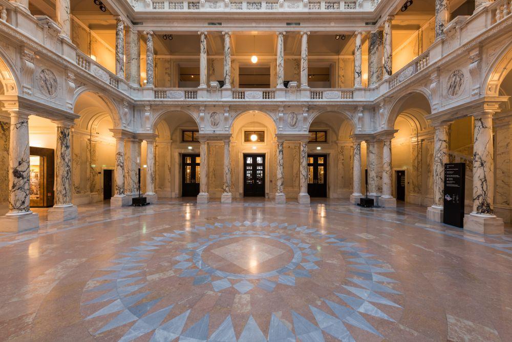 Weltmuseum Säulenhalle (c) KHM-Museumsverband