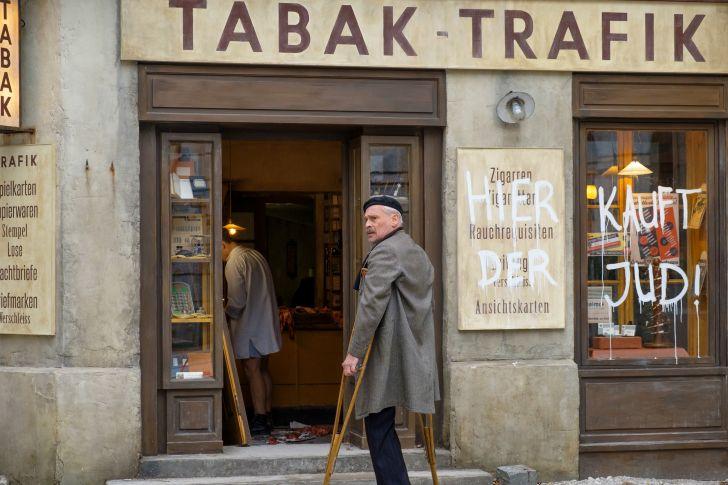 """Der Trafikant"" - Standfoto (c) Petro Domenigg/TOBIS Film GmbH"
