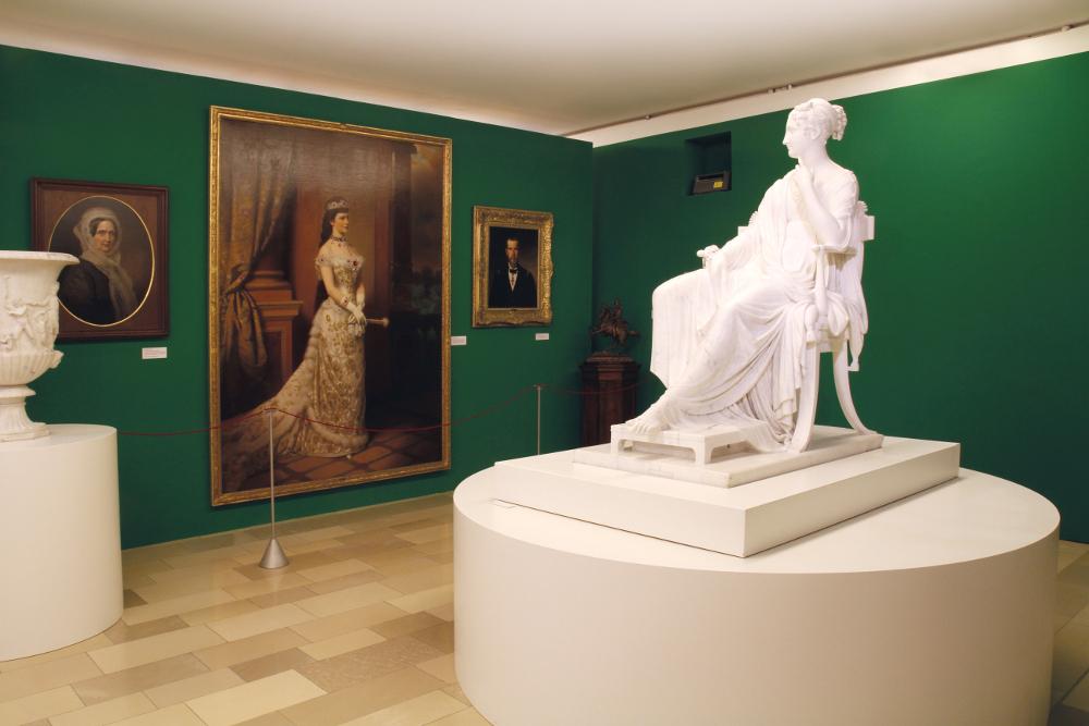 Bruch und Kontinuität Statue Hofmobiliendepot ∙ Möbel Museum Wien (c) SKB