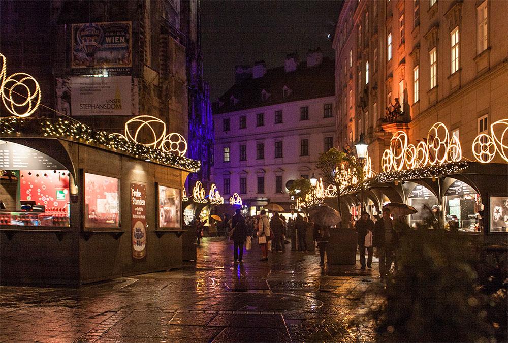 Weihnachtsmarkt Stephansplatz (c) STADTBEKANNT