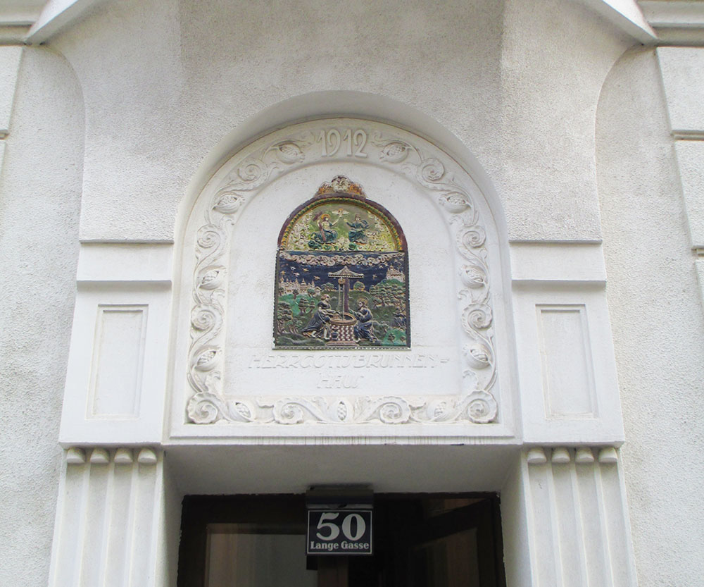 Herrgottsbrunnenhaus (c) STADTBEKANNT Preindl