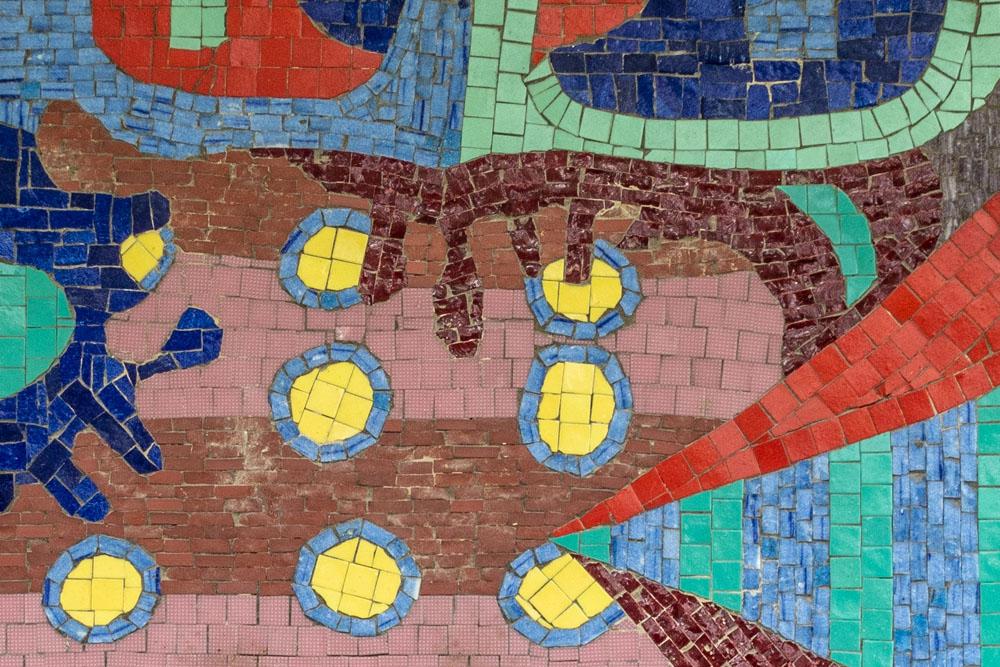 Kunst Gemeindebau Mosaik (c) STADTBEKANNT