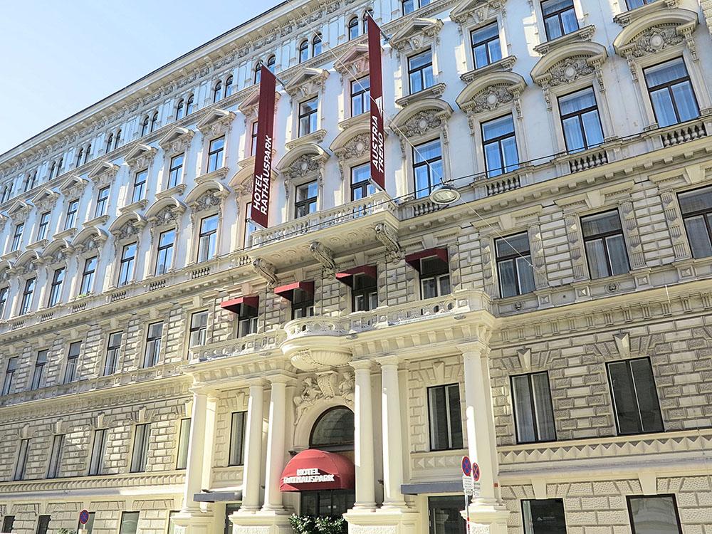 Hotel Rathauspark (c) STADTBEKANNT Jungwirth